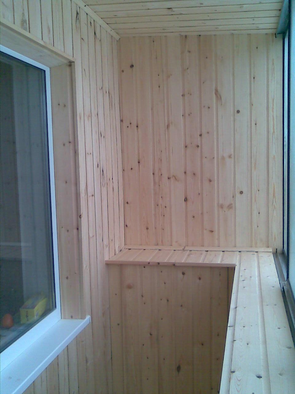 Внутренняя отделка балкона вагонкой / профмастер 8(920)243-5.